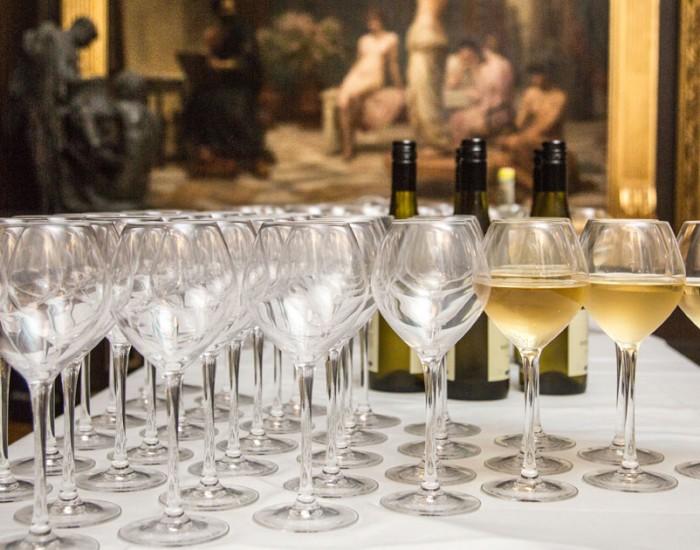 venue hire wine glasses