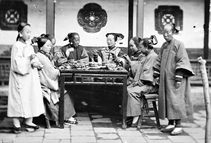 China   Manchu Ladies